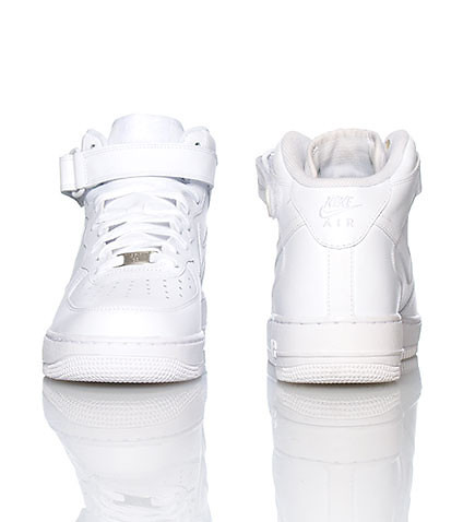 Air Force One Mid Sneaker In White