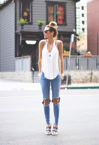 jeans celebs style swag clothes swaggie shoes t-shirt shirt white girly tank top top ripped jeans sunglasses top bun denim pants high waisted jeans high waisted pants blouse girl fall blue jean grung