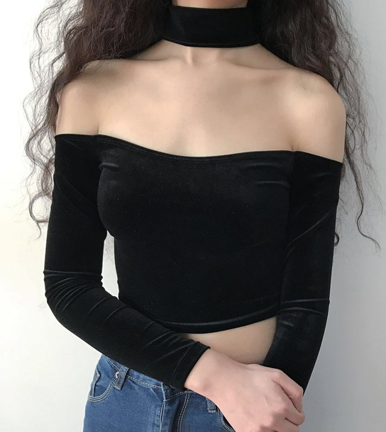 blouse girly velvet velvet top crop tops crop cropped black off the shoulder top off the shoulder black velvet choker
