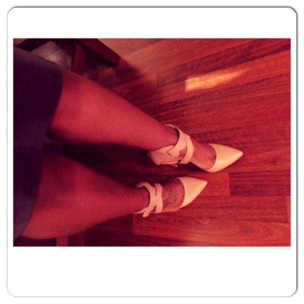 shoes nude heels