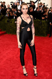 jumpsuit,red carpet,cara delevingne,all black everything,sandals,make-up,met gala,metgala2015