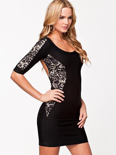 Lace Wrap Strap Short Dress - Quontum - Svart - Festklänningar - Kläder - Kvinna - Nelly.com