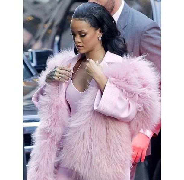 Jacket: hoodie, coat, sweater, rihanna, fluffy, pink fluffy, pink ...