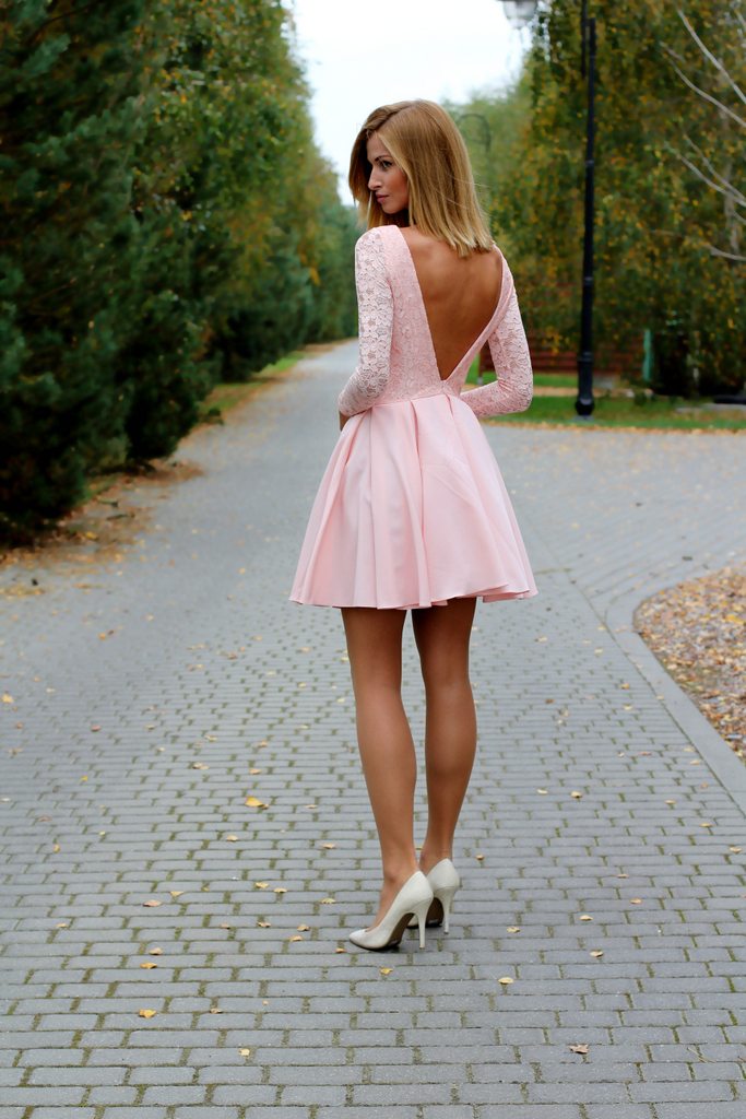 Pink open v back skater dress [pink open v back skater dress]