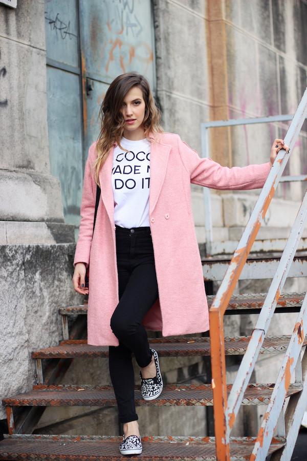 fashion quite t-shirt coat jeans bag