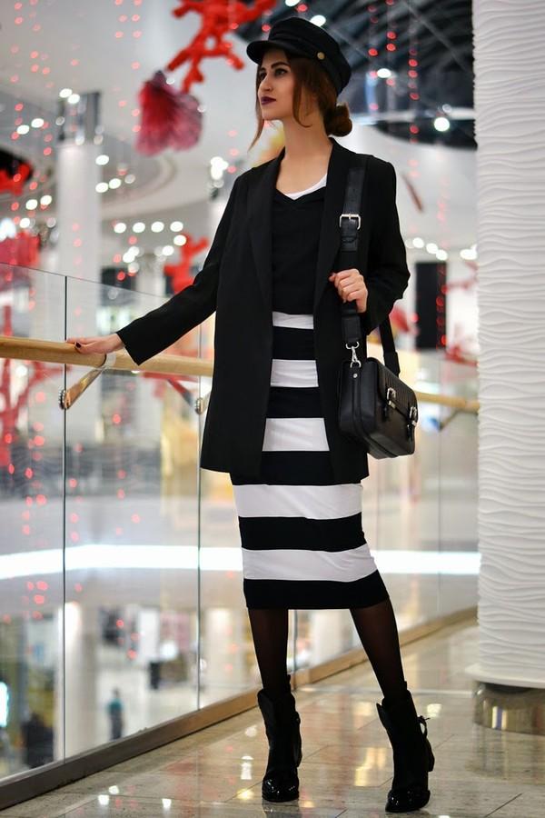 tina sizonova hat jacket bag shoes skirt t-shirt