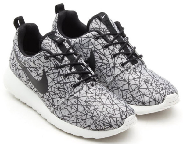 shoes nike nike shoes womens roshe runs geometric roshe runs