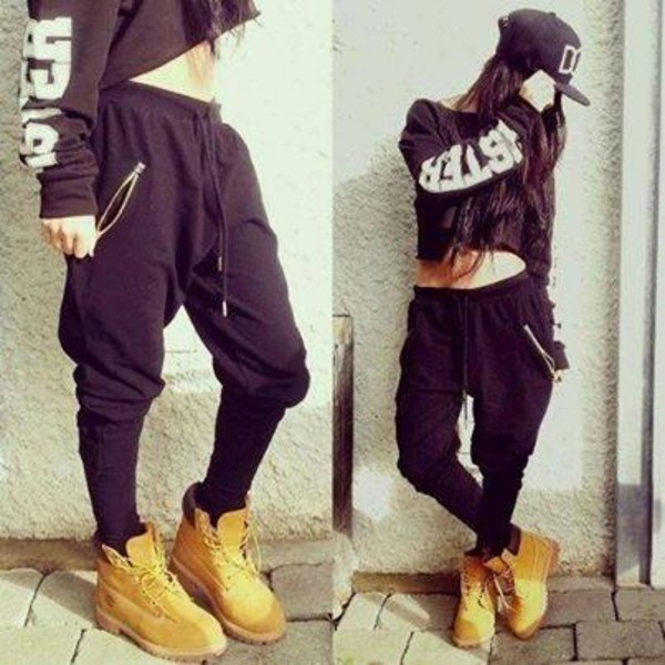 sweater pants clothes shoes sweatshirt timberlands black sweatpants swag hat black shirt sweatpants loose zip Chachi Gonzales tank top