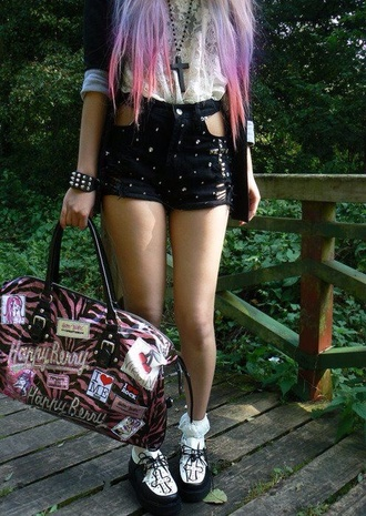 shorts blouse bag jacket jewels pants shoes pastel goth creepy cute kawaii