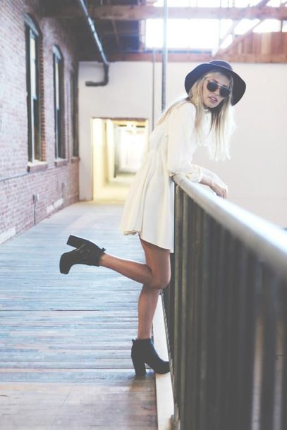 dress white dress winter dress boots hat grunge soft grunge indie boho boho chic chic rock chic hipster chunky high heeled ankle boots chelsea boots hippie spring vintage booties shoes heels chunky boots chunky heels fall outfits black heeled boots tumblr shoes black hat heeled ankle boots blogger round sunglasses