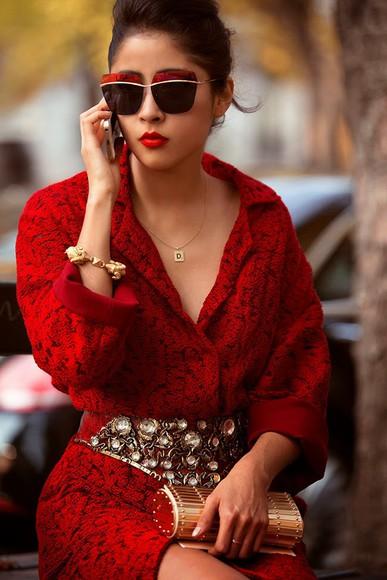 chic muse sunglasses jewels blogger Belt diamonds clutch