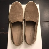 shoes,brushed suede,dark brown,slip on shoes,women's,vince,grey