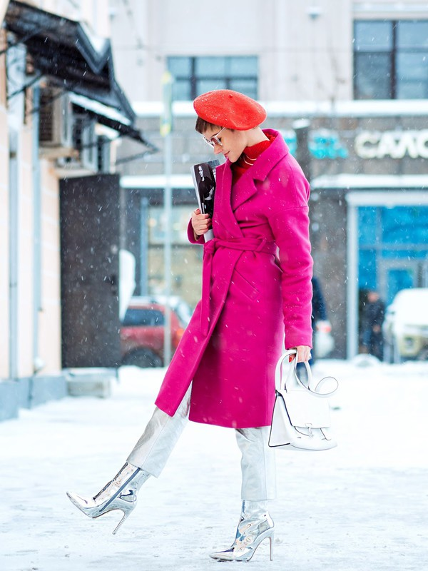 gvozdishe blogger coat sweater pants shoes bag beret boots winter outfits fucsia