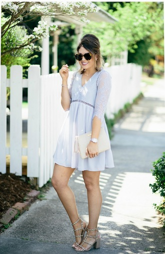 life & messy hair blogger dress shoes bag sunglasses jewels clutch blue dress spring dress sandals summer outfits