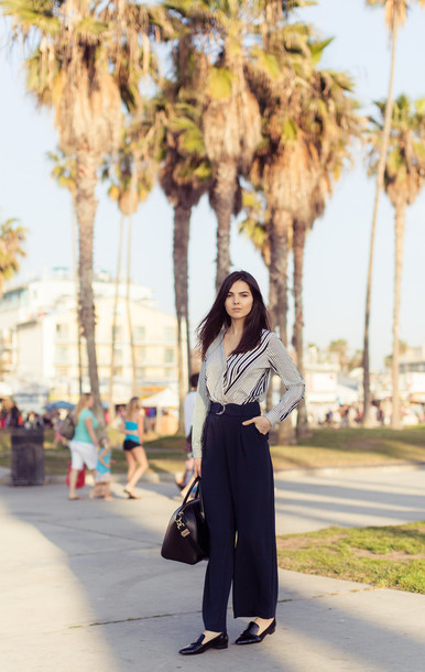 the golden diamonds blogger blouse bag pants jewels shoes