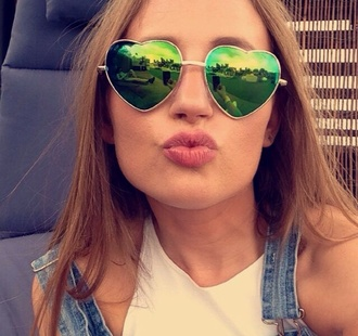 sunglasses tumblr heart heart shape heart sunglasses heart shape sunglasses