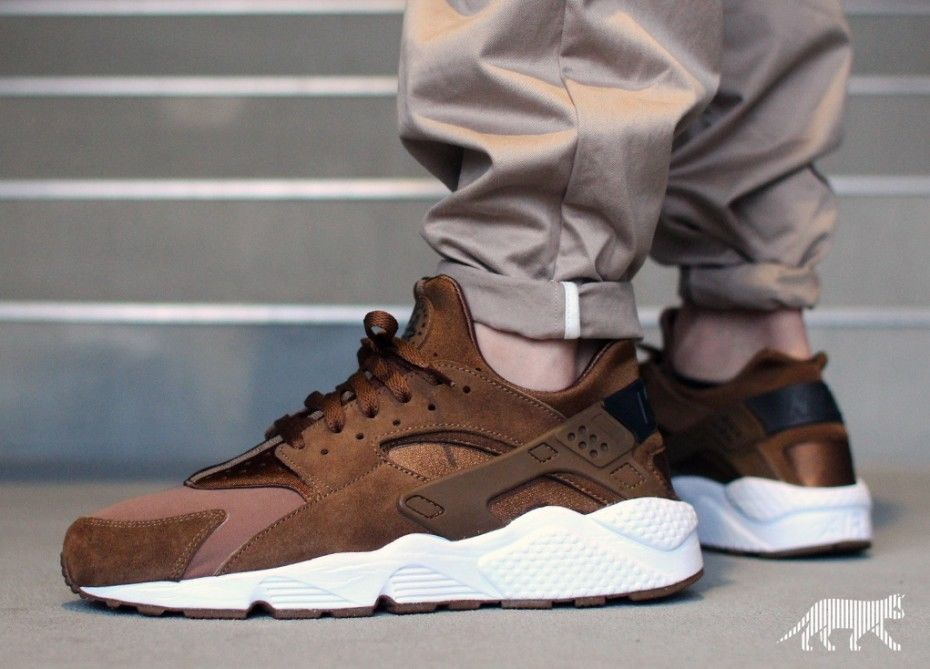 huge discount 71c80 aca75 Nike Air Huarache - LE Brown Umber Suade Trainers Shoes Genuine Nike