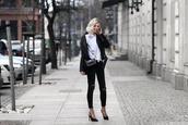 meri wild,blogger,shirt,jeans,bag,jewels,shoes
