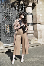 views by laura,blogger,shoes,pants,top,bag,coat,culottes,nude,minimalist,streetstyle,lookbook