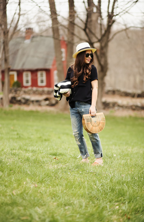 dress corilynn blogger jeans shirt shoes jewels hat sunglasses bag