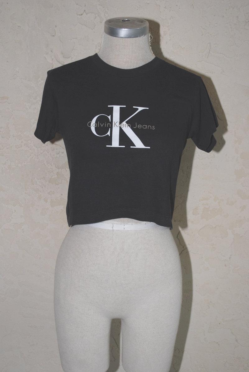 61c6af9ab9ef Vintage 90s Calvin Klein CK Cropped T-shirt