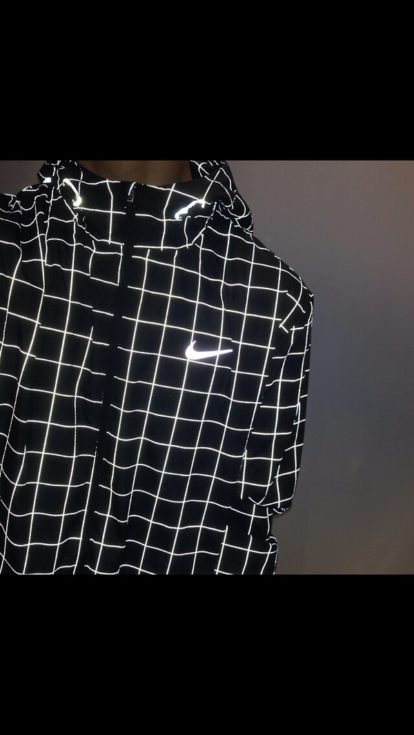 jacket black and white coat nike jacket glow in the dark checkered shirt nike nike windrunner nike clothes black