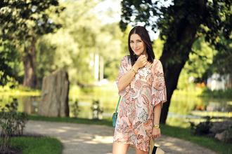 shiny sil blogger hat bag shoes jewels dress