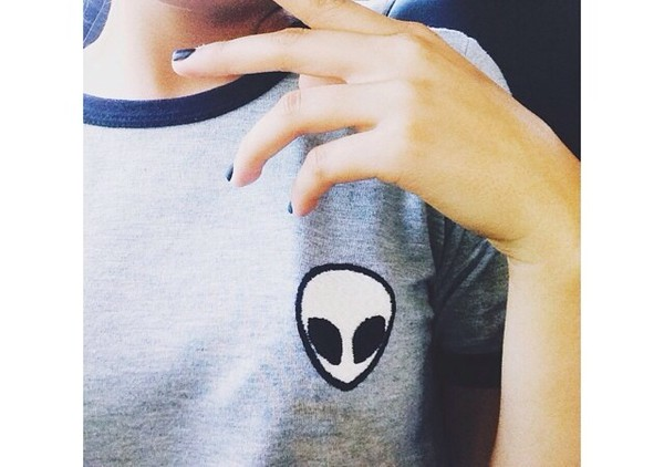 t-shirt brandy melville top alien tumblr shirt tumblr tumblr clothes blouse