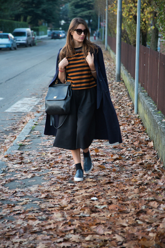 blogger bag vans sunglasses style and trouble striped sweater long coat