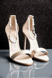 shoes,wedding shoes,pearlish white,saten,sandal heels