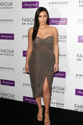 skirt bustier kim kardashian sandals wrap skirt two-piece lace
