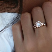 jewels,beautiful,beautiful ring,ring,cute rings,beauriful,beauty accessories,accessories,need ,engagement ring,unque