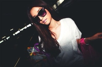 shirt black sunglasses wayfarer oversized wayfarer brown sunglasses