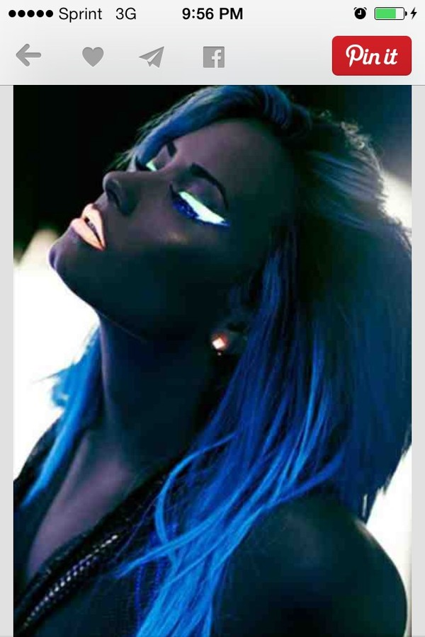 jewels neon demi lovato make-up