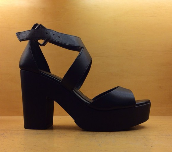 black comfortable shoes not too high chunky heel