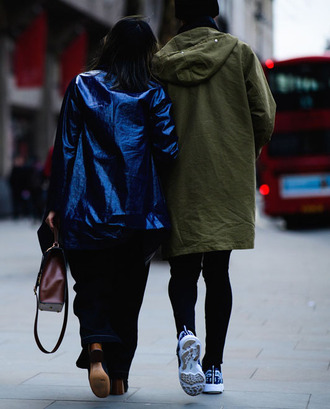 jacket tumblr blue jacket metallic denim jeans blue jeans bag brown bag menswear mens jacket mens sneakers fashion week 2017 streetstyle