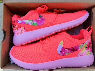 shoes neon pink floral pink roshes nike women pretty must haves wanted floral shoes nikes coral neon spring shoes love