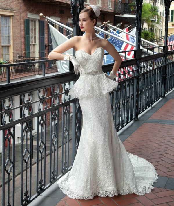 dress wedding dress gown lace wedding dress mermaid wedding dress fashion crystal crystal sweetheart dress ivory dress pumps heels hight heels red sole shiny sparkle
