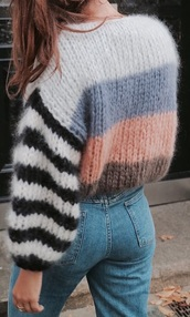 sweater,wool,black,white,baloon sleeves,pink,stripes,striped sweater,oversized swearshirt