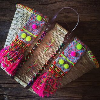 bag pom poms pompom bag pompom basket bag beach bag straw bag basket bag basket tote multicolor tote bag