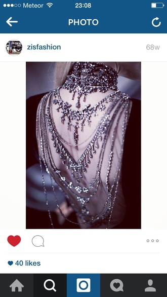 jewels silver backless dress big necklace