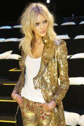 coat,gold