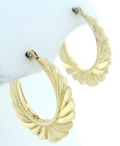 jewels,hoop earrings,earrings,gold,scalloped,ribbed,ghetto