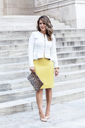 jacket,white blazer,yellow pencil skirt,animal print purse,white heels,blogger