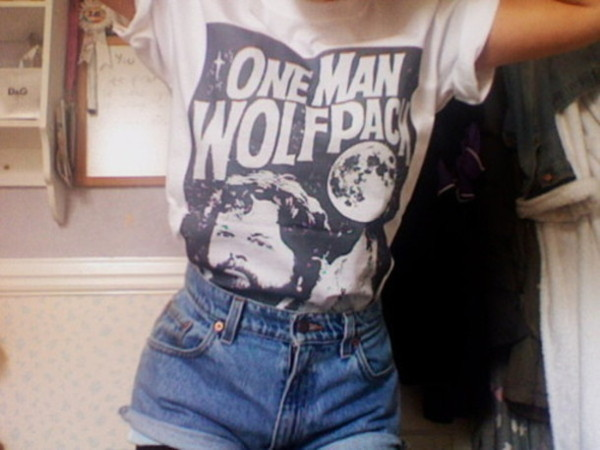 t-shirt shorts top shirt t-shirt tumblr soft grunge