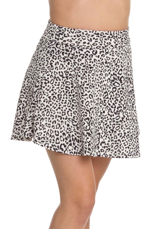 Elegant apparel small leopard print flared skirt in white