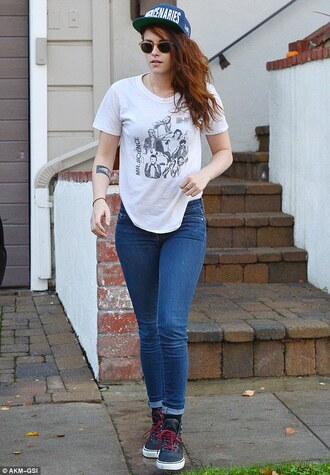 jeans cute cute outfits tomboy hat t-shirt sneakers tattoo sunglasses twilight kristen stewart