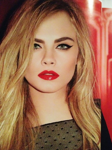 make-up cara delevingne