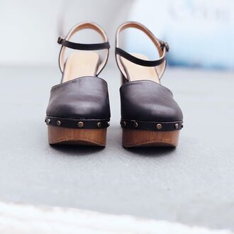 shoes amazing lace clogs black clogs trendy clogs cute clogs cute black clogs studded clogs studded shoes