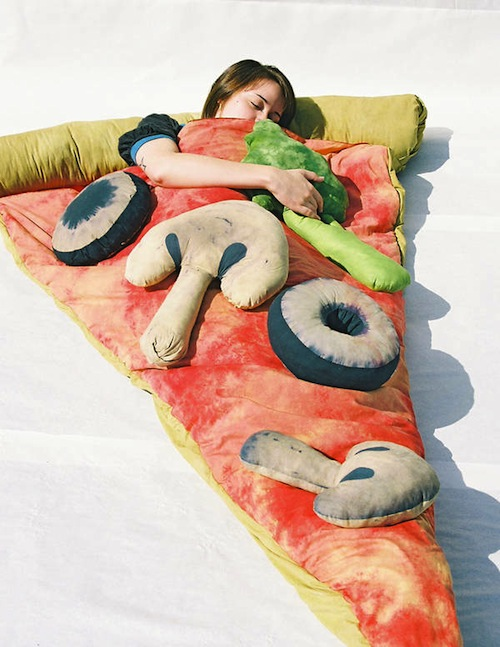 Pizza bed sleeping bag